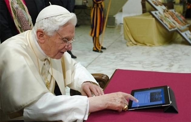 Papa usando iPad