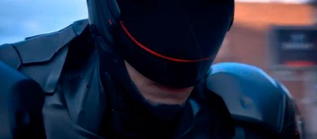 """Segundo trailer de Robocop mostra os EUA como um país """"robofóbico"""""""